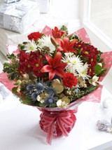 Christmas Cracker Hand-tied with Chocolates