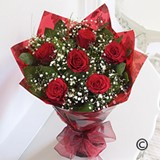 Six Romantic Red Roses